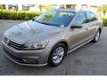Volkswagen Passat S Sedan Titanium Beige photo #4