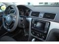 Volkswagen Passat S Sedan Titanium Beige photo #18