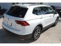 Volkswagen Tiguan SE White Silver Metallic photo #9