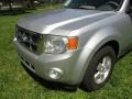 Ford Escape XLT V6 Ingot Silver Metallic photo #23