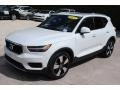Volvo XC40 T5 Momentum AWD Ice White photo #4