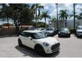 Mini Hardtop Cooper 2 Door Pepper White photo #1