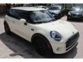 Mini Hardtop Cooper 2 Door Pepper White photo #2