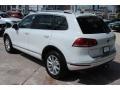 Volkswagen Touareg V6 Sport w/Technology Pure White photo #6
