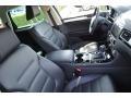 Volkswagen Touareg V6 Sport w/Technology Pure White photo #19