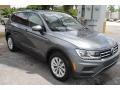 Volkswagen Tiguan S Platinum Gray Metallic photo #2