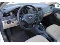 Volkswagen Jetta SE Pure White photo #16