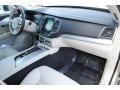 Volvo XC90 T6 AWD Momentum Luminous Sand Metallic photo #17