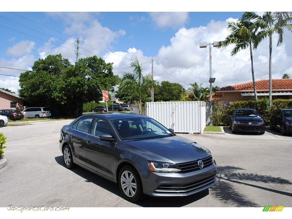 2017 Jetta S - Platinum Gray Metallic / Black/Palladium Gray photo #1