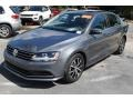 Volkswagen Jetta SE Platinum Gray Metallic photo #4