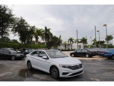 White Silver Metallic 2019 Volkswagen Jetta SEL