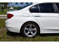 BMW 3 Series 320i Sedan Alpine White photo #11