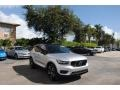 Volvo XC40 T5 R-Design AWD Bright Silver Metallic photo #1