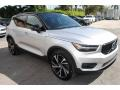 Volvo XC40 T5 R-Design AWD Bright Silver Metallic photo #2