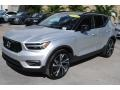 Volvo XC40 T5 R-Design AWD Bright Silver Metallic photo #4