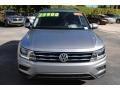 Volkswagen Tiguan SE Pyrite Silver Metallic photo #3