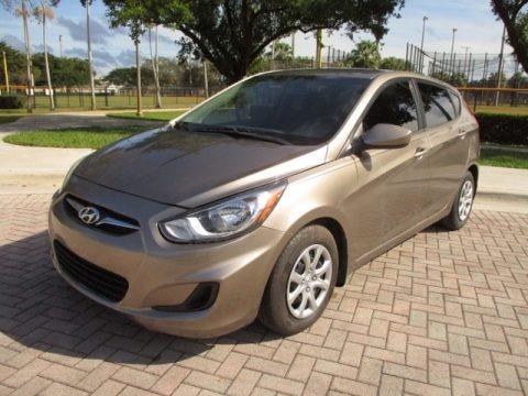 Mocha Bronze 2013 Hyundai Accent GS 5 Door