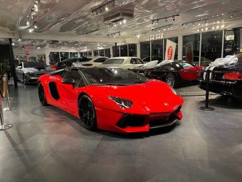 Rosso (Red) 2013 Lamborghini Aventador LP 700-4