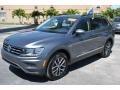 Volkswagen Tiguan SE Platinum Gray Metallic photo #4