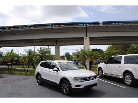 Pure White 2019 Volkswagen Tiguan SE