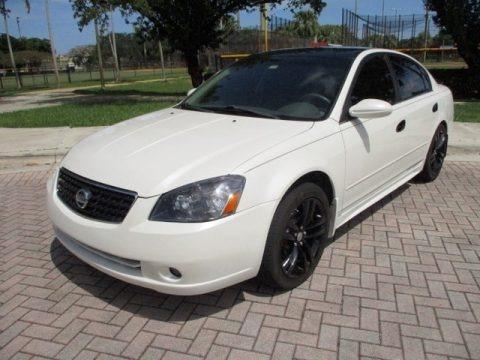 Satin White Pearl 2005 Nissan Altima 3.5 SE