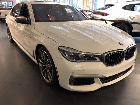Mineral White Metallic 2018 BMW 7 Series M760i xDrive Sedan