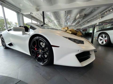 Bianco Monocerus 2018 Lamborghini Huracan LP580-2 Spyder