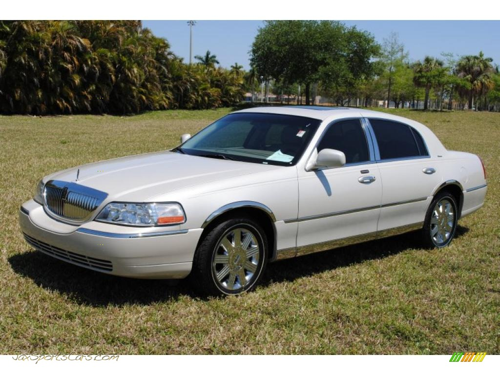 Light french silk light parchment lincoln town car ultimate