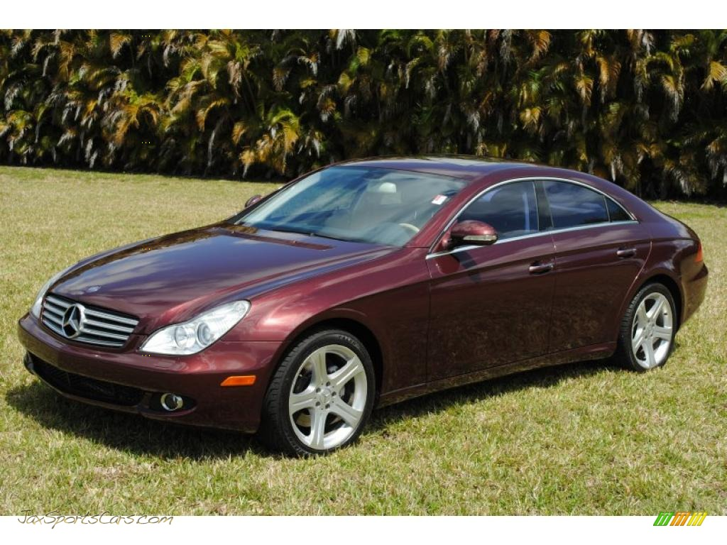 2006 mercedes benz cls 500 in bordeaux red metallic. Black Bedroom Furniture Sets. Home Design Ideas