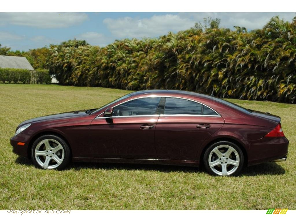 2006 mercedes benz cls 500 in bordeaux red metallic photo. Black Bedroom Furniture Sets. Home Design Ideas