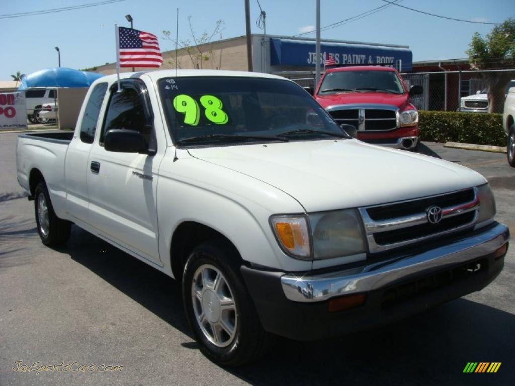 1998 toyota tacoma sr5 extended cab in white 104600 jax sports cars cars for sale in florida. Black Bedroom Furniture Sets. Home Design Ideas