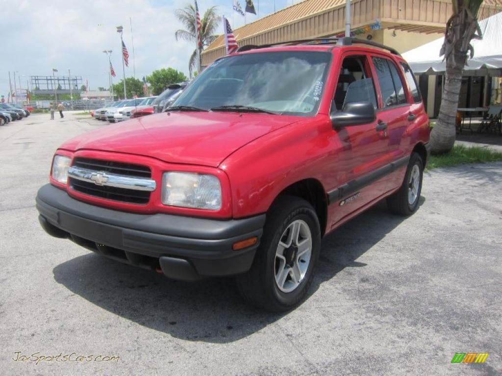 2002 Chevrolet Tracker Hard Top In Wildfire Red