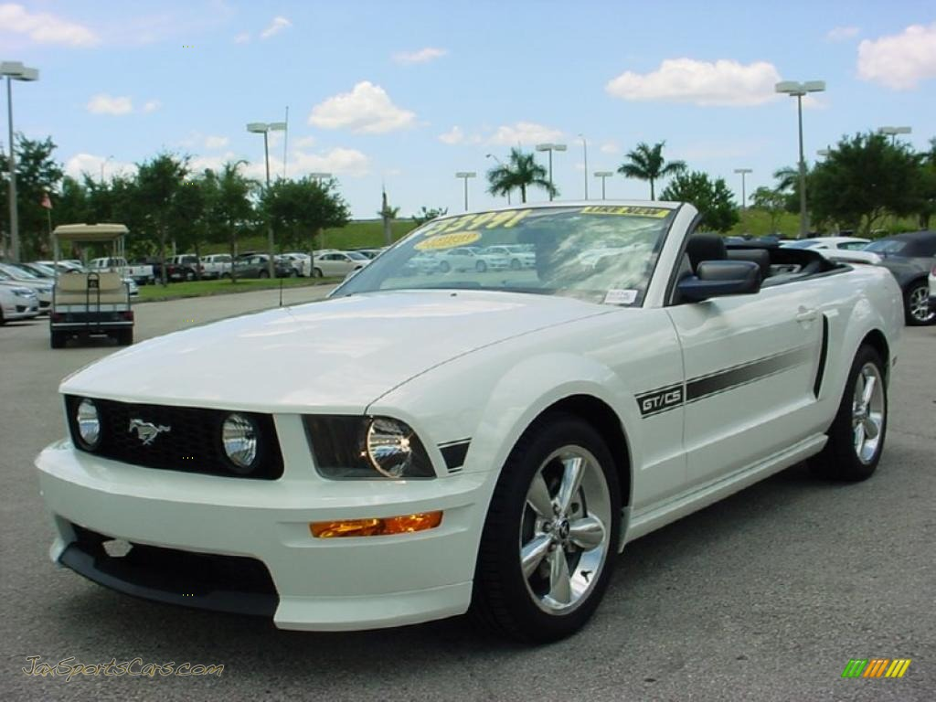 2009 ford mustang gt cs california special convertible in performance white photo 14 120621. Black Bedroom Furniture Sets. Home Design Ideas