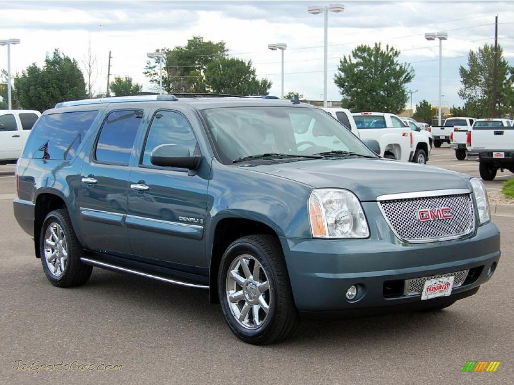 Stealth gray metallic ebony gmc yukon xl denali awd