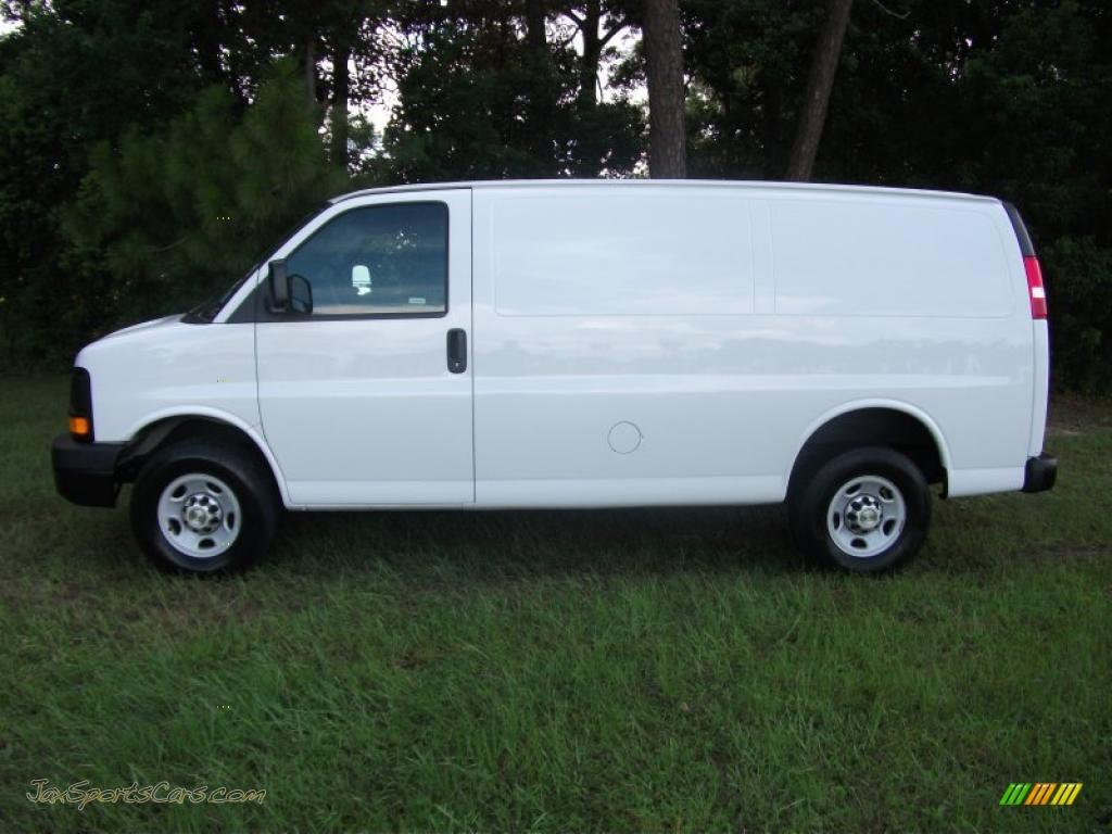 2017 Chevrolet Express 2500 Work Van >> 2010 Chevrolet Express 2500 Work Van in Summit White ...