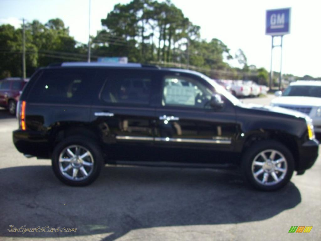 2011 gmc yukon denali awd in onyx black 117710 jax sports cars cars for sale in florida. Black Bedroom Furniture Sets. Home Design Ideas