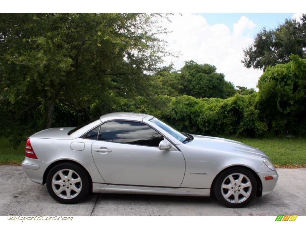2002 mercedes benz slk 230 kompressor roadster in brilliant silver metallic photo 10 258981. Black Bedroom Furniture Sets. Home Design Ideas