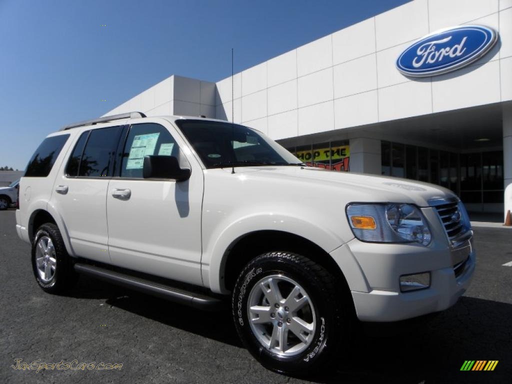 2010 ford explorer xlt in white suede a89503 jax sports cars cars for sale in florida. Black Bedroom Furniture Sets. Home Design Ideas
