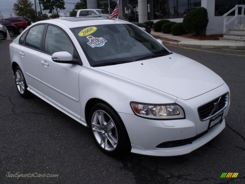 2008 volvo s40 t5 in ice white 358049 jax sports cars cars for sale in florida. Black Bedroom Furniture Sets. Home Design Ideas
