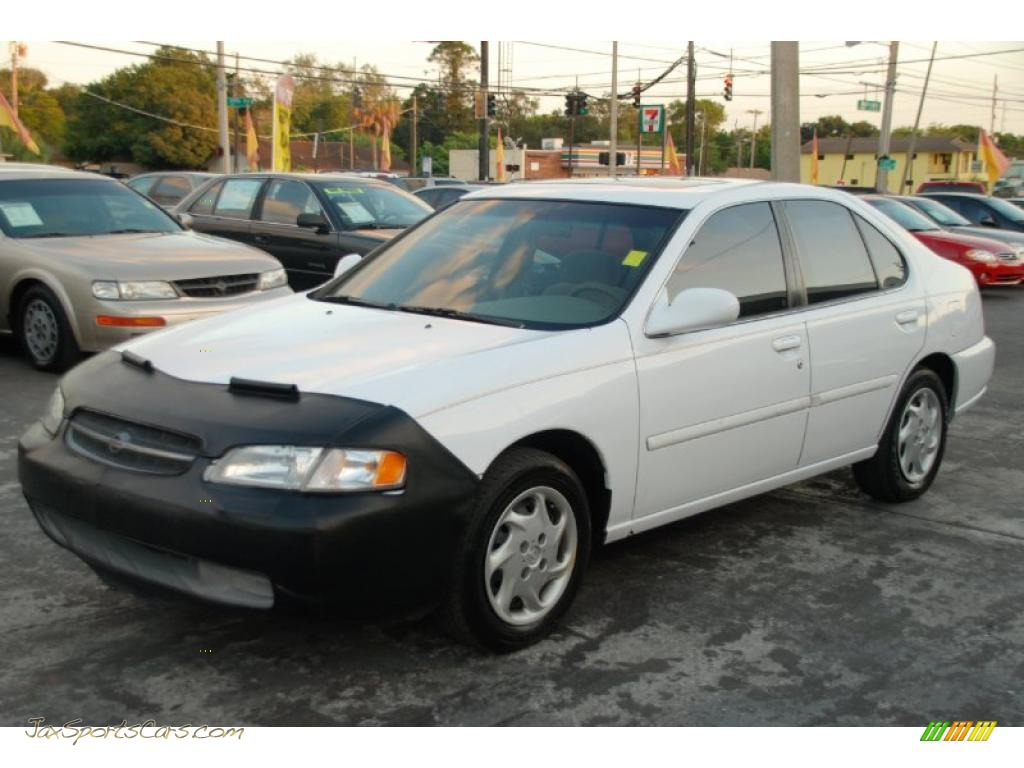 1998 Nissan Altima Gxe In Cloud White Photo 6 190162