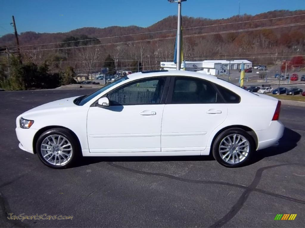 2011 volvo s40 t5 in ice white 537958 jax sports cars. Black Bedroom Furniture Sets. Home Design Ideas