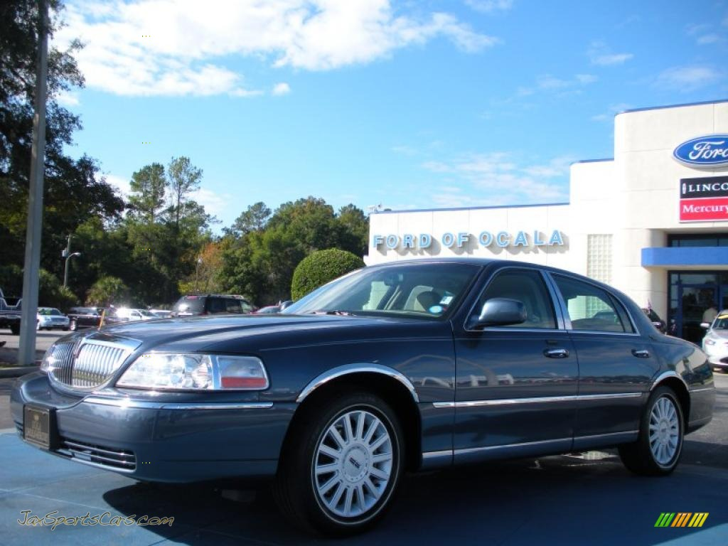 2005 lincoln town car signature limited in norsea blue metallic 642394 jax sports cars. Black Bedroom Furniture Sets. Home Design Ideas