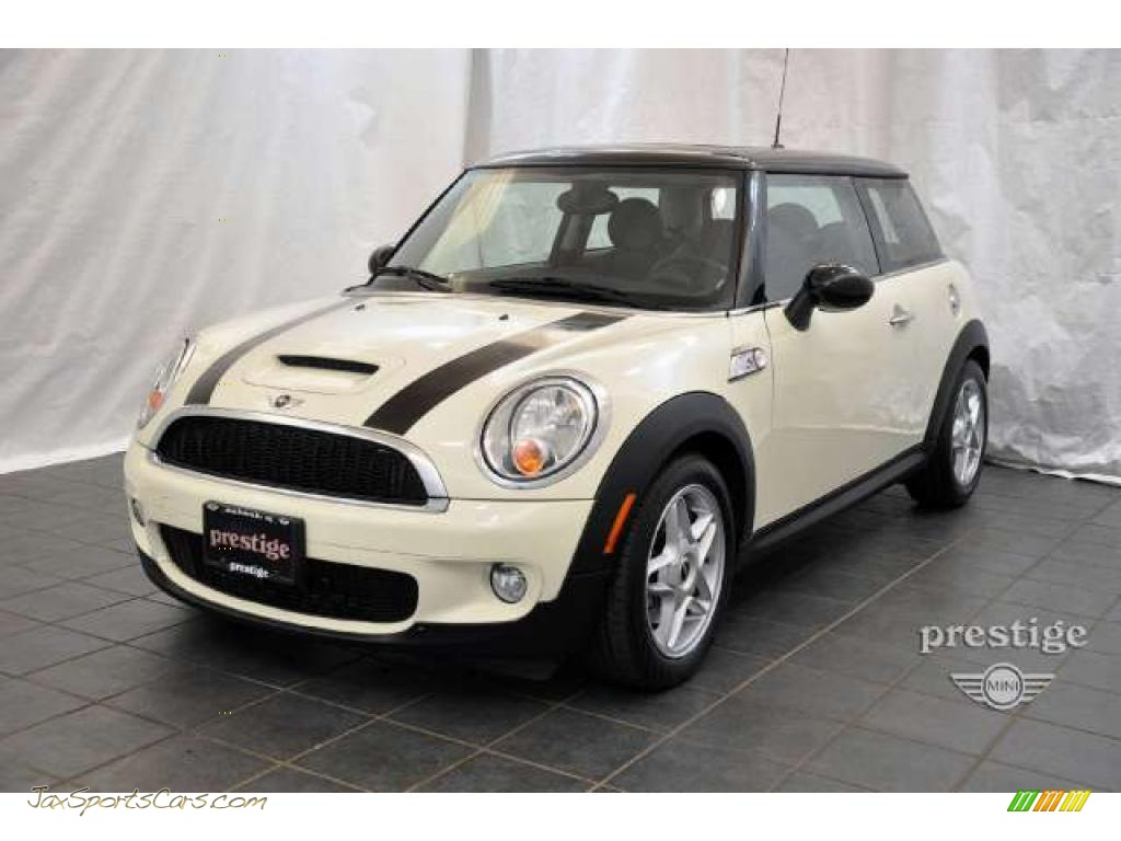 2007 mini cooper s hardtop in pepper white v30227 jax sports cars cars for sale in florida. Black Bedroom Furniture Sets. Home Design Ideas