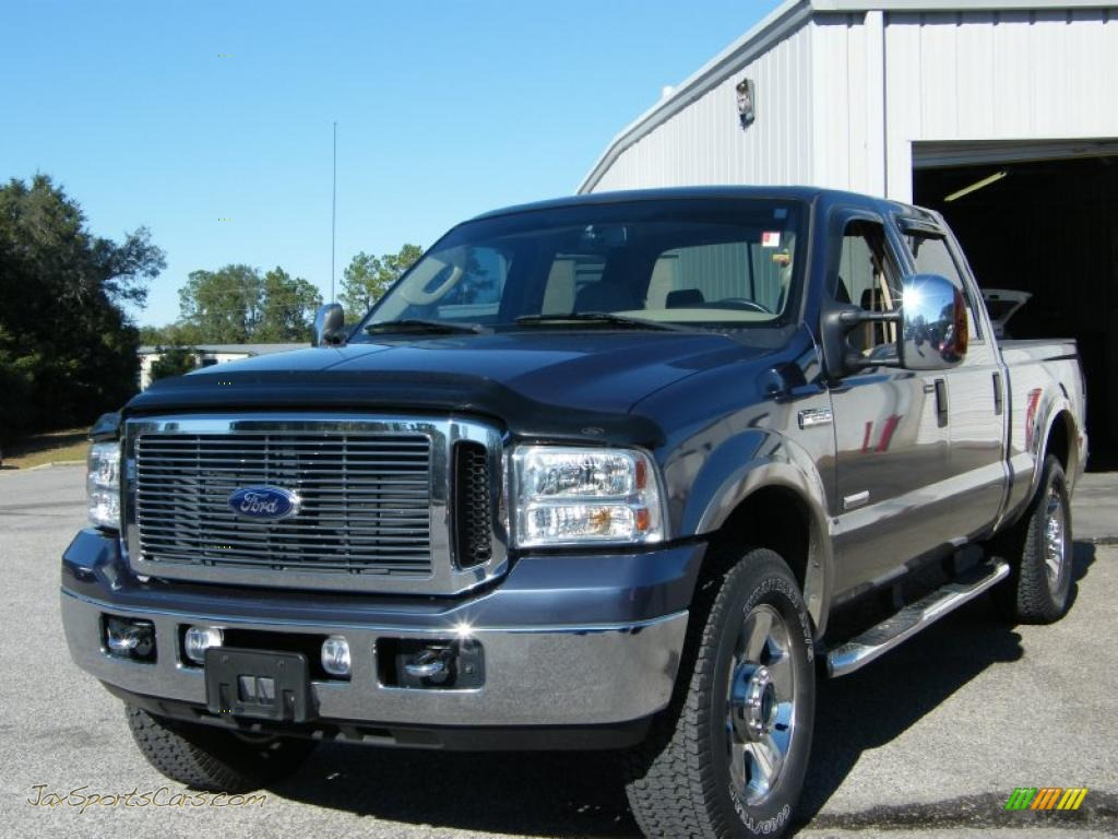 2007 F250 Super Duty Lariat Crew Cab 4x4 - Medium Wedgewood Blue Metallic / Tan photo #1