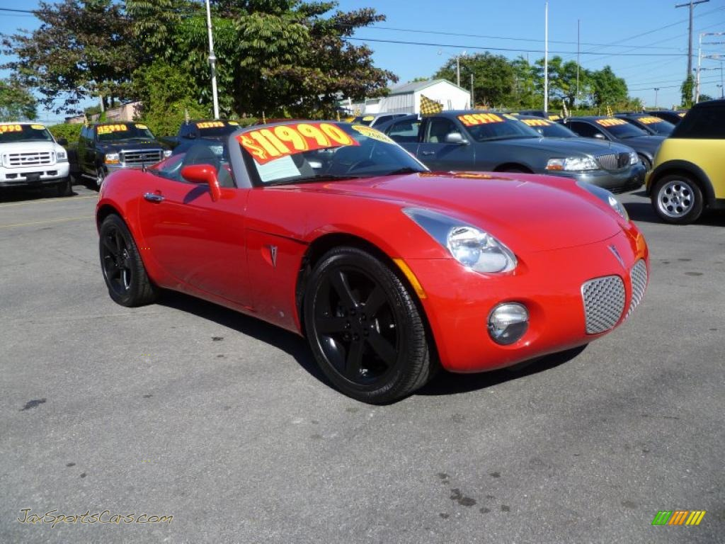 2006 pontiac solstice roadster in aggressive red 110792 jax sports cars cars for sale in. Black Bedroom Furniture Sets. Home Design Ideas