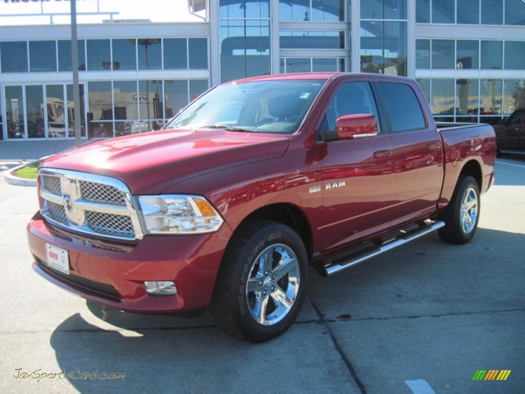2009 dodge ram 1500 laramie crew cab 4x4 in inferno red crystal pearl. Cars Review. Best American Auto & Cars Review