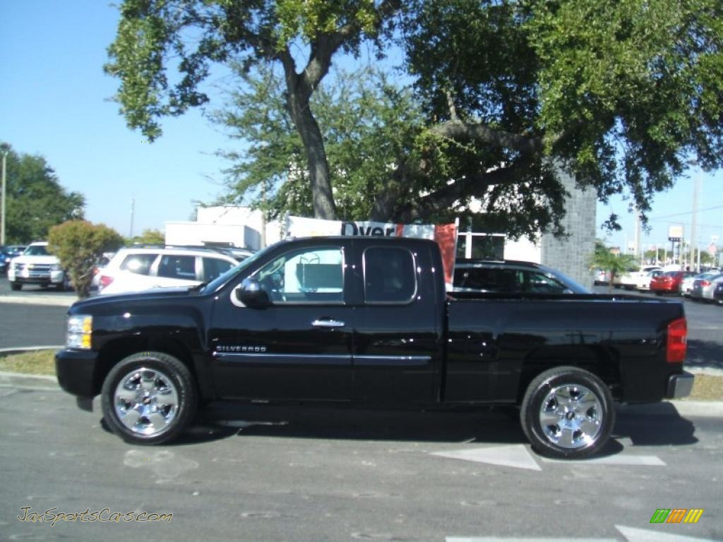 2011 chevrolet silverado 1500 lt extended cab in black photo 3 225014 jax sports cars. Black Bedroom Furniture Sets. Home Design Ideas