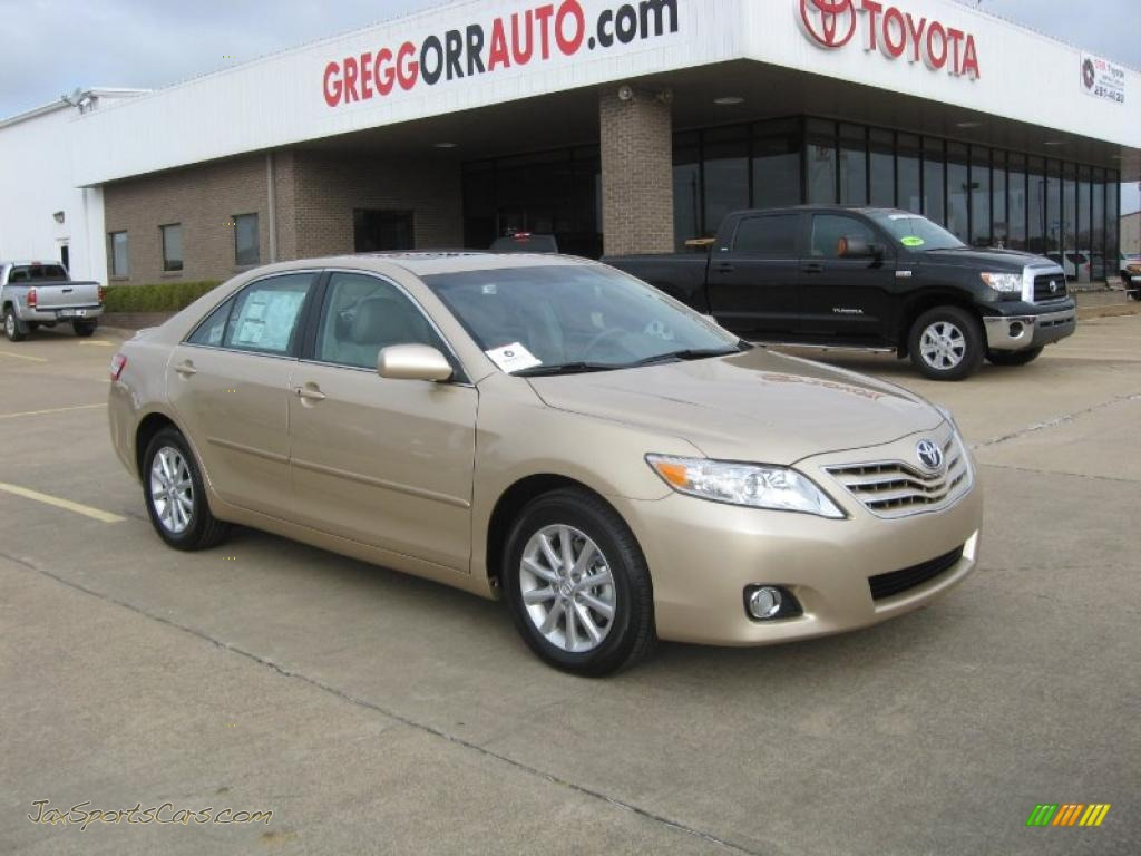 2011 toyota camry xle v6 in sandy beach metallic 623535. Black Bedroom Furniture Sets. Home Design Ideas