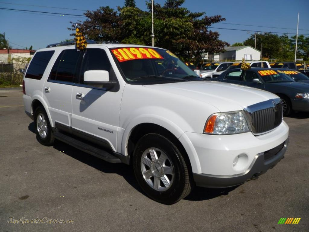 2003 lincoln navigator luxury in oxford white j47698. Black Bedroom Furniture Sets. Home Design Ideas
