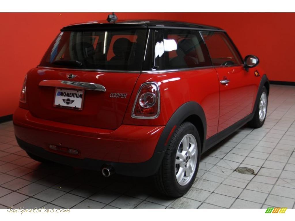 2011 Mini Cooper Hardtop In Chili Red Photo 3 095057